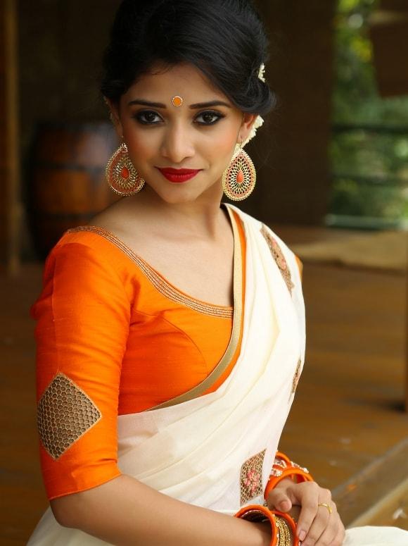 cut work saree from laksyah 2-min