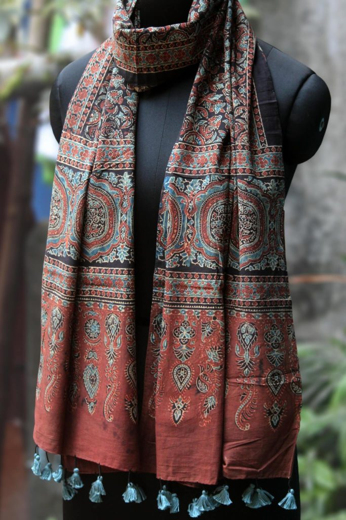 red floral cotton ajrakh dupatta from maati crafts