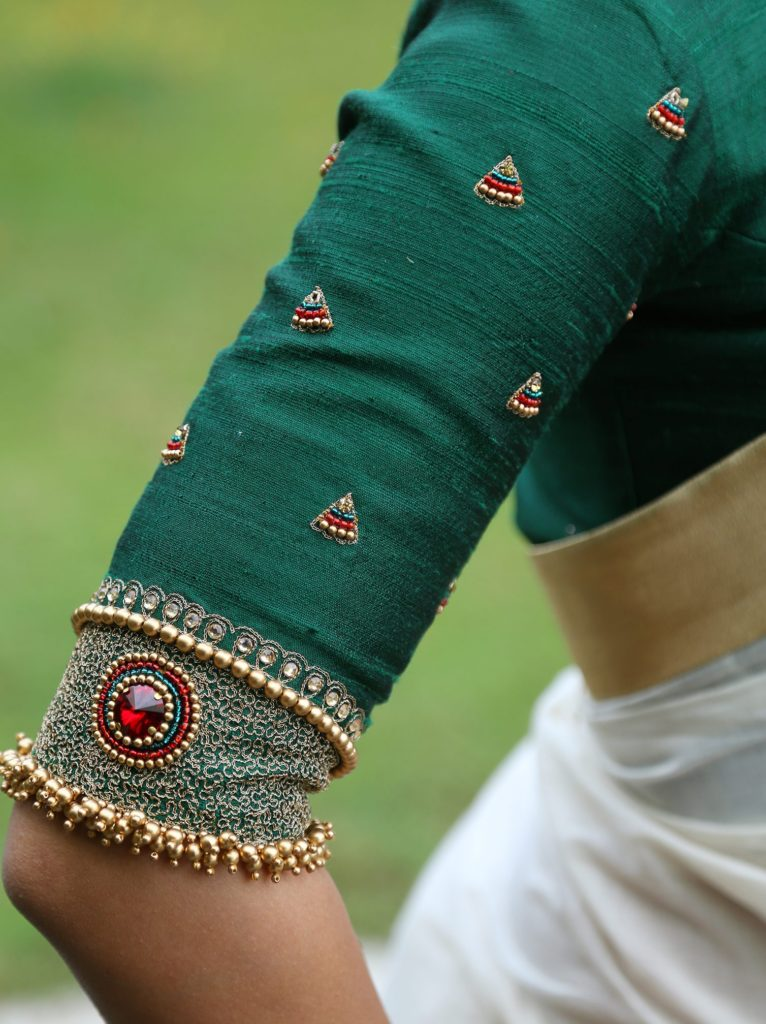 handloom saree with krishna embroidery 2